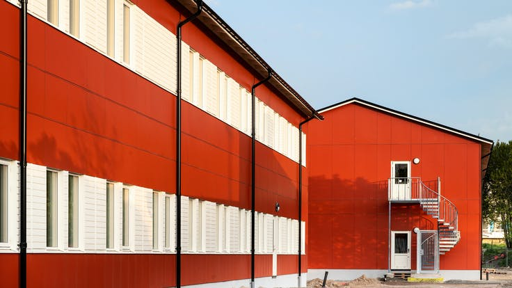 Mariedalsskolan in Varberg, Sweden cladded with Rockpanel Colours facade cladding