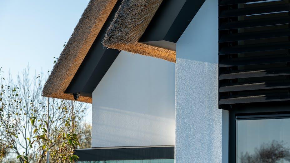 Case study Naaldwijk Rockpanel rondom het dak