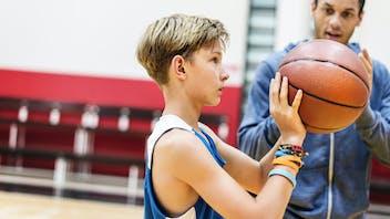 Illustrative image, leisure, sports, basket ball, training, gym, sports hall, boy, trainer
