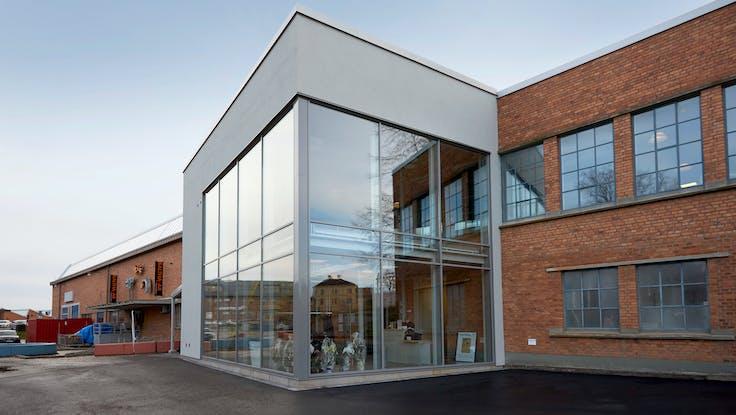 Parafon Step Direct and Buller ceiling in colour grey installed at Assar Innovation Centre in Skövde, Sweden.