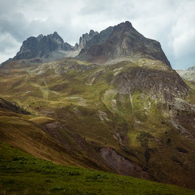 RockWorld imagery, The big picture, mountains, greenery, sky
