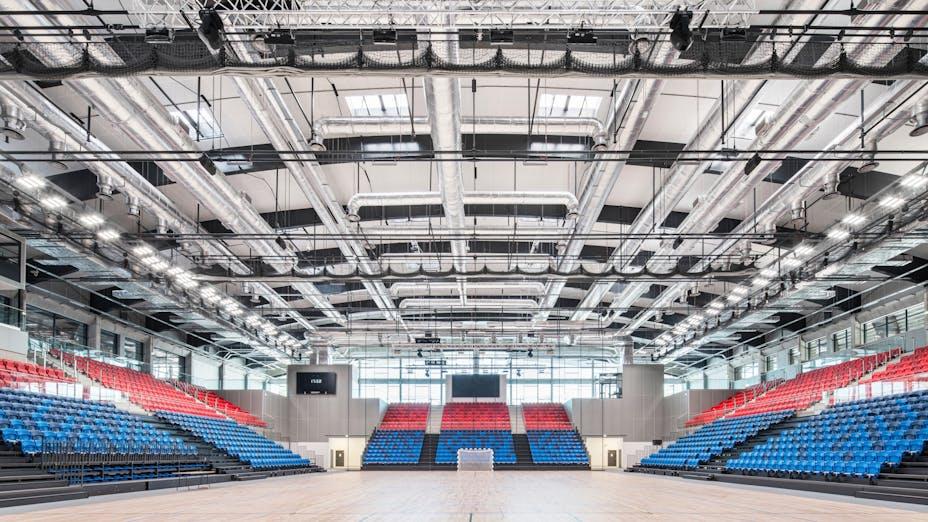 Arena in Mosir sports centre in Puławy Poland with Rockfon Samson and Rockfon VertiQ