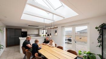 Private home (kitchen) in Herlufmagle Denmark with Rockfon Blanka Adhesive in B-edge