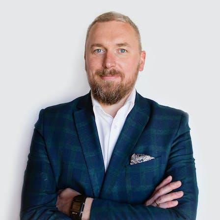 Adam Firydus, KAM, DTH, Sales
