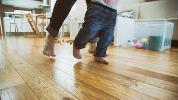 floor, wood, wooden floor, feet,  child, parent, home, floorrock, Trittschall Broschüre, germany
