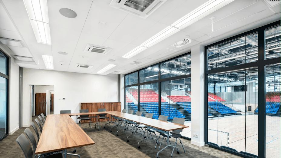Meeting room in Mosir sports centre in Puławy Poland with Rockfon Blanka X-edge