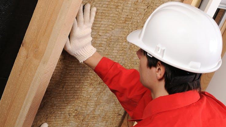 Contraction worker, slabs, installation, helmet, natural balance, natural balance