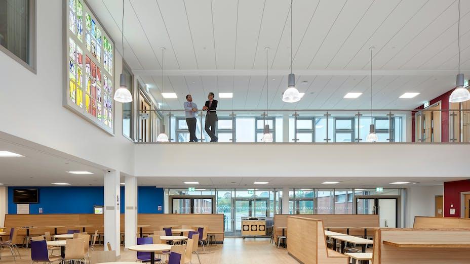 UK, Islwyn School, School, Rockfon Blanka, Z edge, 1200x600, white, Chicago Metallic T24 2890